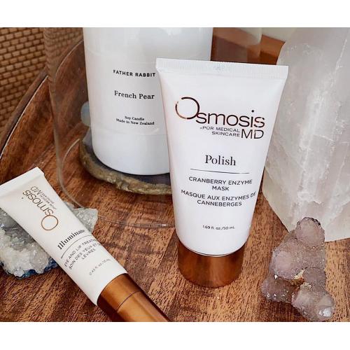 ⠀ Дослідження показали, що лінії  по догляду за шкірою,  які зосередженні на щоденному відлущуванні єпідермсу призводять до підвищення чутливості шкіри та дегідратації. ⠀ Сироватки Osmosis захищають бар'єр, одночасно максимізуючи відновлення вікових змін, що можливо завдяки кращим системам доставки компонентів 😌 ⠀ Продукти компанії Osmosis спеціально націлені на шкірно-епідермальний зв'язок із запатентованою технологією відновлення окислення, життєво важливими ліпідами та білками, щоб стимулювати здоровий захисний бар'єр, м'яко вводячи компоненти, яких вкрай потребує шкіра, завдяки активації відновлення🌟